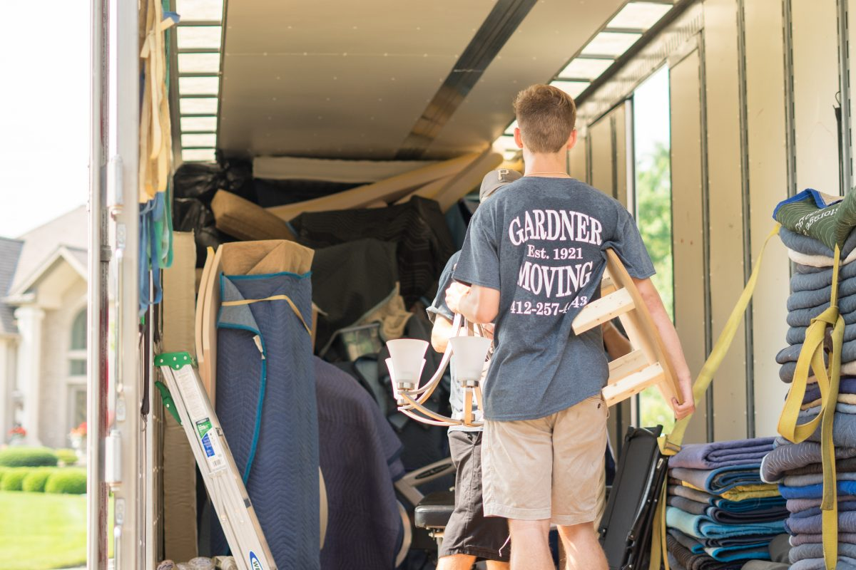 Why You Should Hire Local Movers